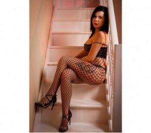 Pamina greek escorts in Bideford, UK